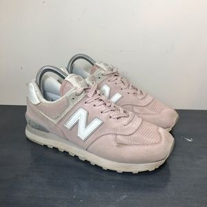 New Balance 574 size 7 Womens Shoes Casual Pink